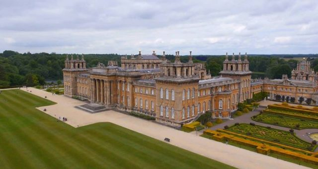 Triathletes at The Blenheim Palace Triathlon, Clinic4Sport therapists are lookin…